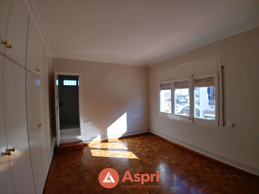 Alquiler de piso en luis antunez 24 vila de gr cia for Busco piso alquiler barcelona